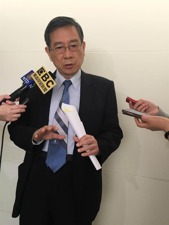 面會後疫情時代,元大寶華綜合經濟研究院董事長梁國源表示,全球景氣將呈「K型復甦」。(洪凱音攝影)