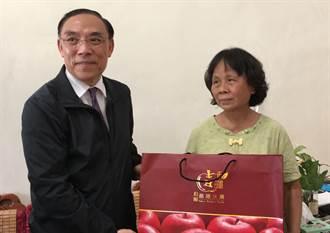 法務部長蔡清祥慰問李承翰母親 司法精神醫院地點會很快敲定