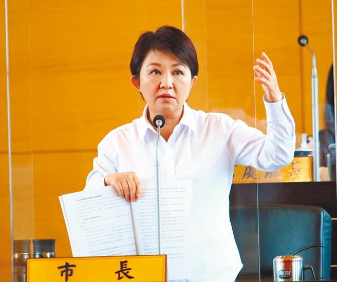 台中市長盧秀燕用心持家改善台中市財政,已讓舉債空間增加到200億元。(陳世宗攝)