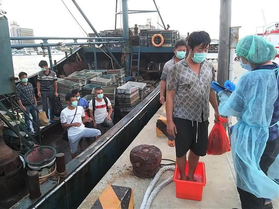 菲娱3注册:澎湖海巡隊查獲大陸漁船越界捕魚