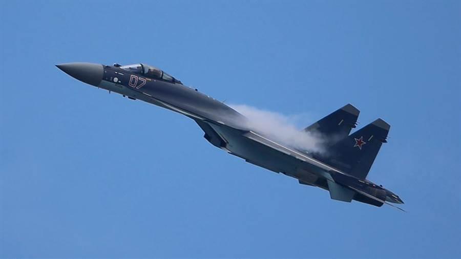 俄羅斯 Su-35戰機。(圖/TASS)