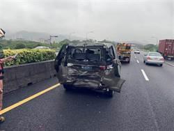 國三南下軍用休旅車與小貨車追撞 5軍人送醫