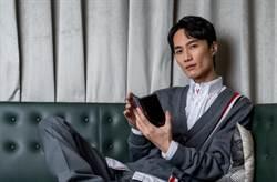 音樂才子李英宏曝穿搭風格 著重經典紅白藍3色低調質感