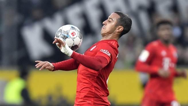 利物浦從拜仁慕尼黑引進西班牙中場國腳蒂亞戈·阿爾坎塔拉。(美聯社資料照)