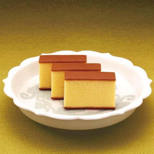 新光三越台北南西店日本展獨家,長崎福砂屋長崎蛋糕0.6號,650元。(新光三越提供)