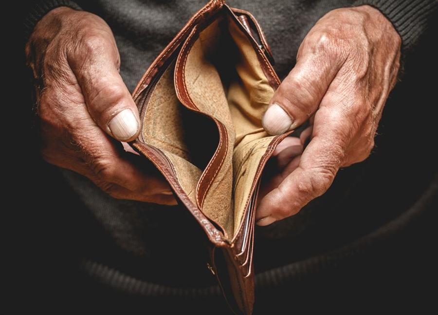 月薪5萬仍注定老窮?多數人沒料到的10大風險恐吃光老本。(示意圖/達志影像)