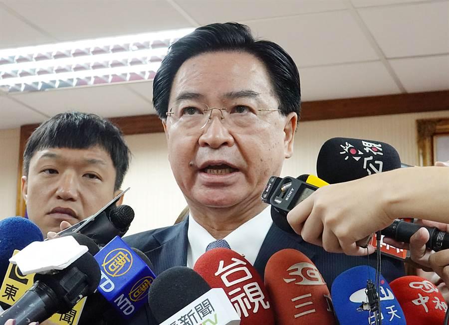 對於外界好奇美台近期關係升溫是否有建交可能,外交部長吳釗燮表示,台灣並未規劃近期內與美國建立外交關係。(中時)