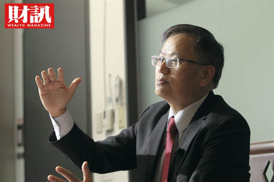 今年,南韓三星退出LCD製造,中國放緩擴廠,台灣再次成為中國之外關鍵的面板新勢力。群創是台灣面板雙虎中,值得投資人注意的公司。(圖/財訊提供)