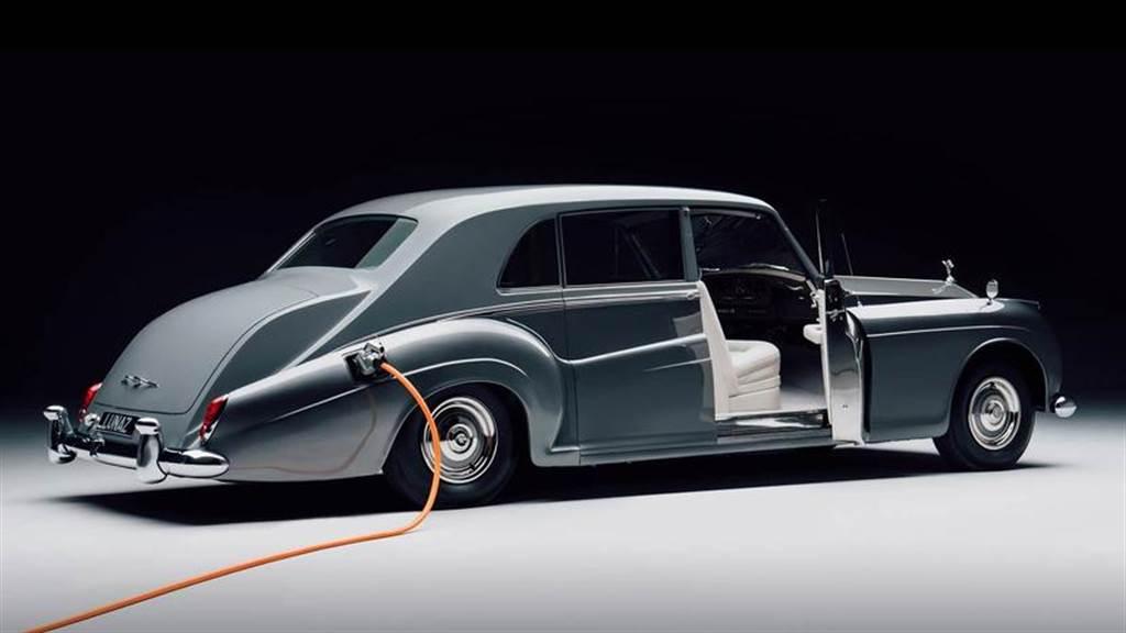 勞斯萊斯:充電和奢華品牌形象不符,只是環保法規迫使我們必須推出電動車