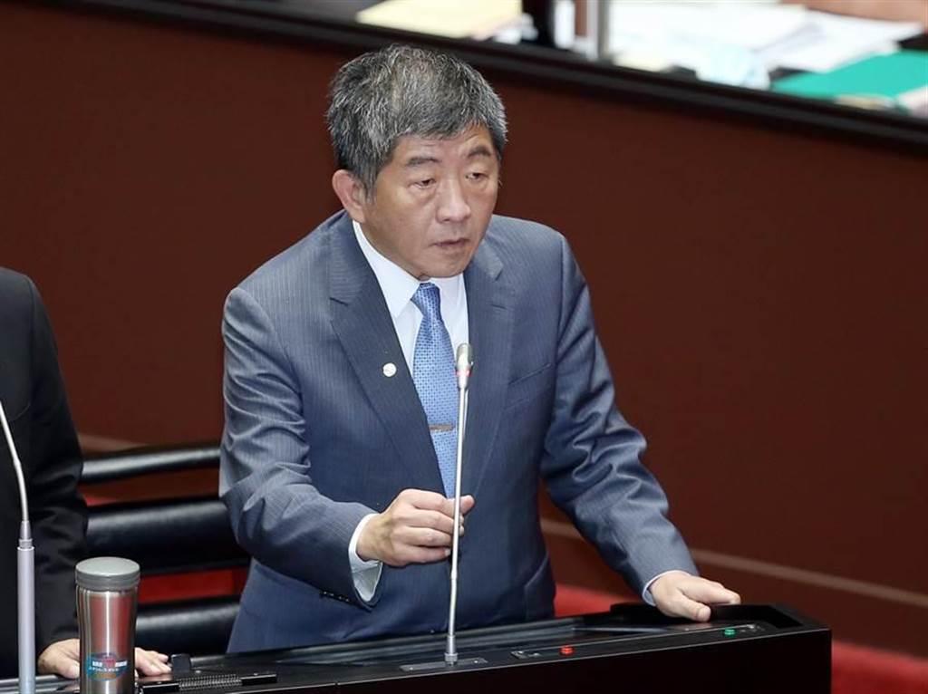 衛福部長陳時中(見圖)25日在立法院表示,我方已於9月18日跟COVAX簽約,爭取到新冠肺炎疫苗。(姚志平攝)