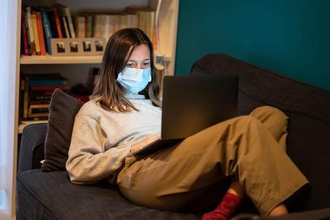 因應新冠疫情,未來世界的運作將有很大不同。(示意圖/shutterstock)