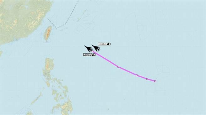 美軍2架B-1B超音速「槍騎兵」戰略轟炸機,航跡圖。(圖/翻攝自 「飛機守望」(Aircraft Spots))