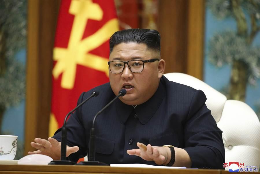 南韓青瓦臺表示,北韓最高領導人金正恩已就跳海的南韓公務員遭槍殺一事向南韓道歉。(美聯社)