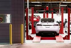 《消費者報告》調查:開電動車真的比較省,養車花費只要燃油車的一半!