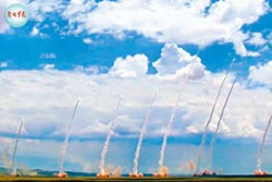 陸情報船觀測我發射天弓三