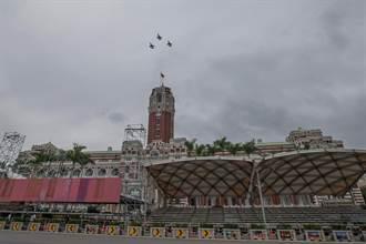 战机飞过台北掀民眾恐慌 军事专家两句话道尽无奈
