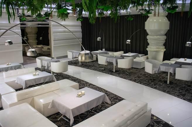 微風廣場Breeze Diamond Lounge提供VIP頂級客舒適、隱密的貼心服務。(微風提供)
