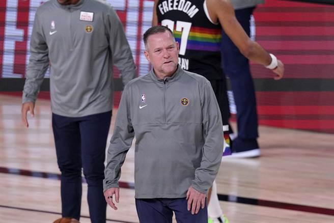 金塊總教練麥克馬龍相信接下來金塊仍會發揮韌性與勇氣。(美聯社)