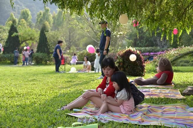 楓樺台一渡假村,推藝創野餐市集。(台一提供/廖志晃南投傳真)