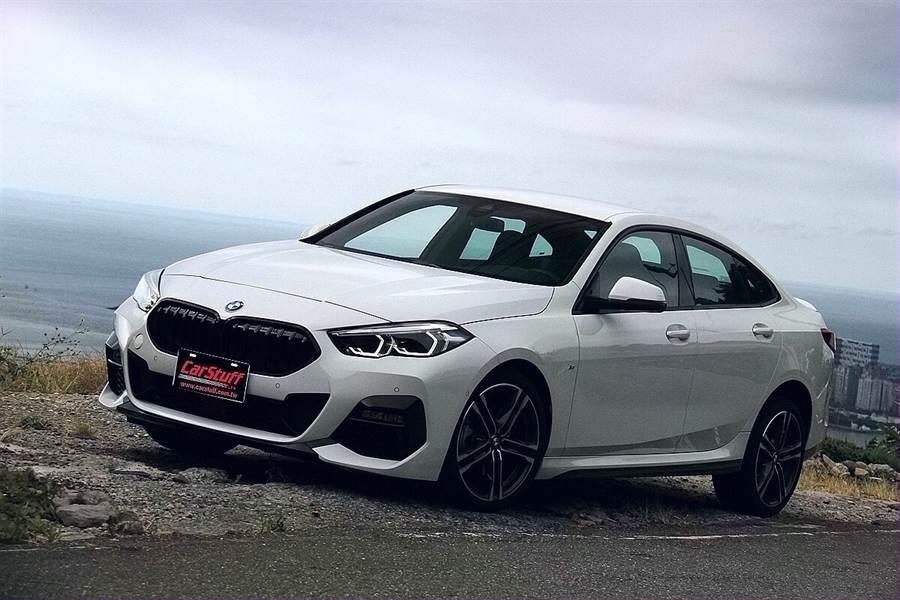 如果入門不能滿足,那還有BMW 218i Gran Coupe