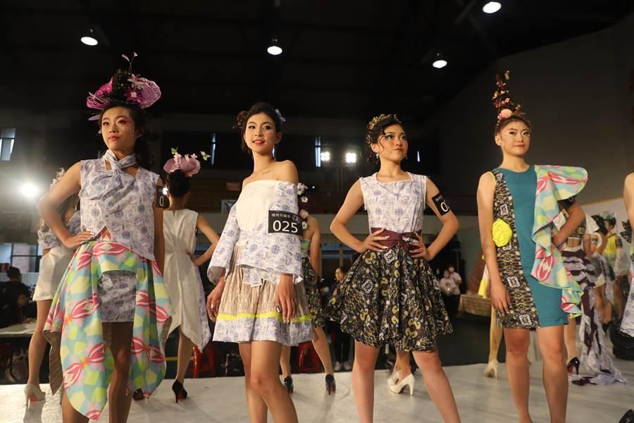 新北市教育局26日在黎明技術學院舉辦第4屆「2020年鬥艷時尚伸展台」決賽暨頒獎典禮。(葉書宏攝)