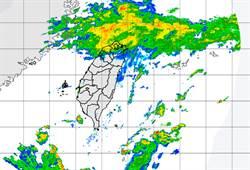 颱風過中秋!鯨魚今生成 低溫18.9度「濕涼再兩天」