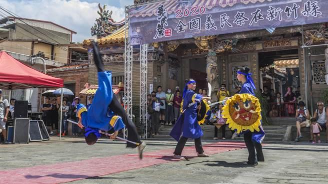 新竹縣提振觀光,好玩卡套裝行程竹科員工打8折,國旅業者建議北埔老街可再加古蹟和導覽,更具人文色彩和旅遊賣點。(羅浚濱攝)