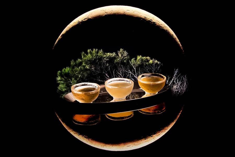 高雄英迪格酒店推出中秋特調「對飲成三人」。(英迪格酒店提供)