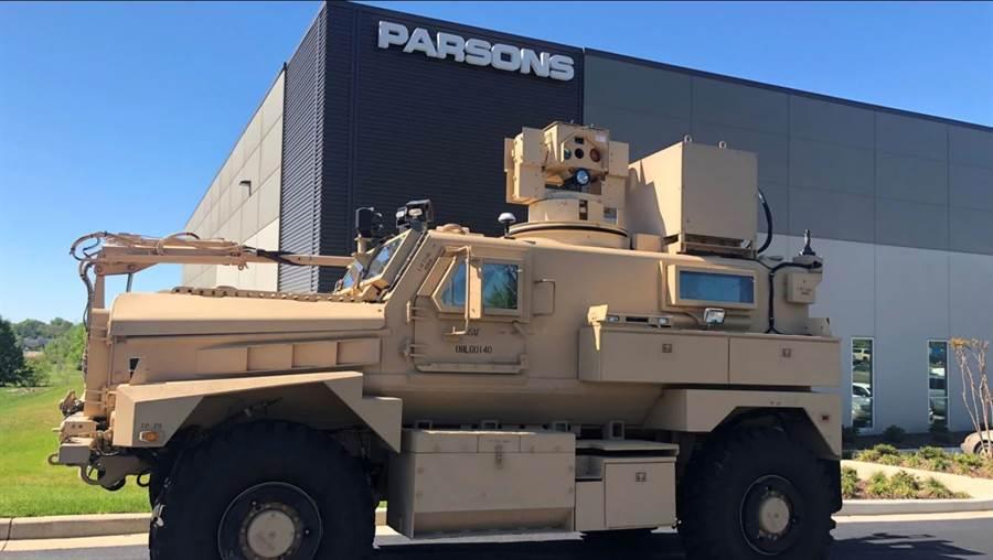 帕森斯公司将以当年的雷射除雷原型车为基础,量产同型的装备。(图/Parsons )