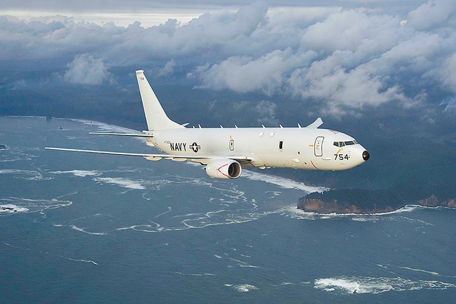 美軍26日派遣EP-3E「白羊座」電偵機及P-8A海神反潛機經巴士海峽到南海偵察。圖為P-8 Poseidon。(摘自美國海軍官網)