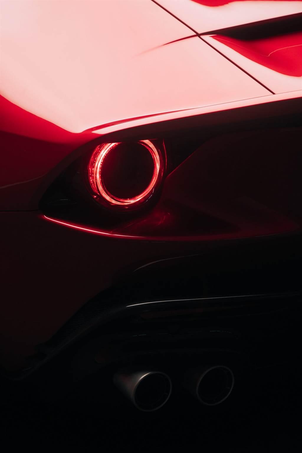 獨享迴盪的V12音浪!Ferrari Omologata僅此一輛,別無分輛