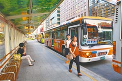 血汗公車司機 日憋尿近5小時