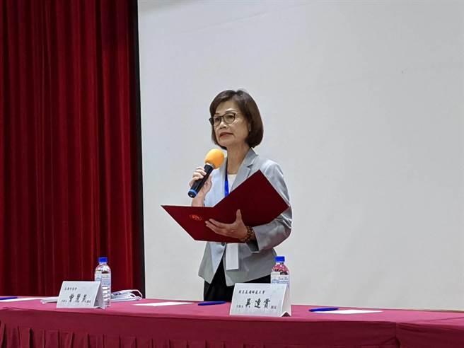 高雄巿議會議長曾麗燕28日出席「市政新格局、港都新治理」論壇。(曹明正攝)