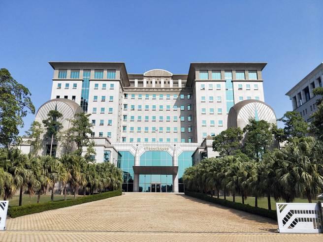台南地檢署將奕智博數位集團16名成員依違反兩岸人民關係條例、偽造文書等罪嫌提起公訴。(本報資料照片)