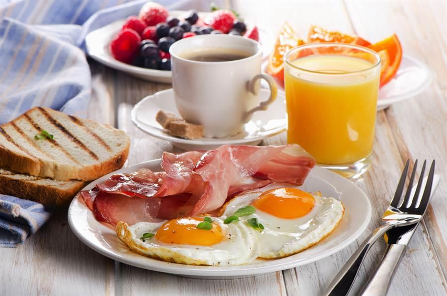 早餐店裡能不碰就不碰的是?營養師答案驚人。(示意圖/達志影像)