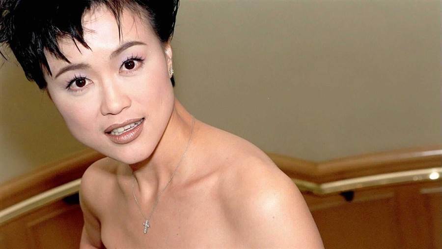 高怡平曾是知名女主播,結婚後甘願放下事業,回歸家庭。(圖/中時資料照)