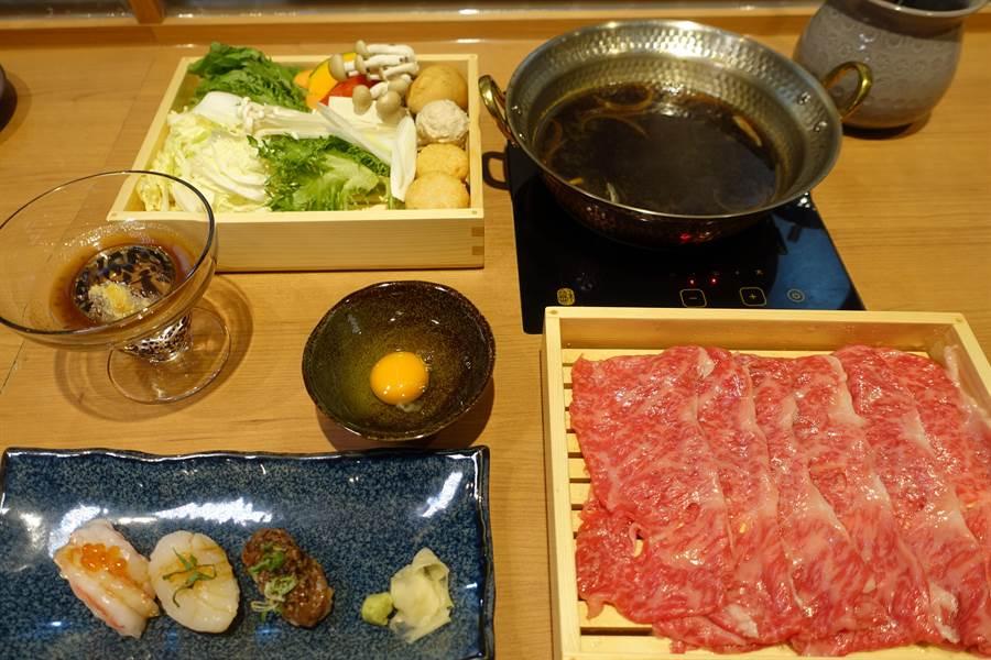 壽喜燒,最後以湯底煮出充滿醬香的玉子飯。(黃采薇攝)