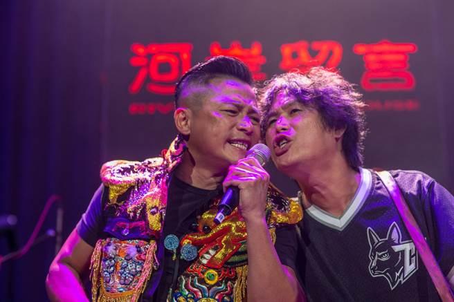 江宏恩擔任董事長樂團演唱會嘉賓。(獨一無二娛樂文化提供)
