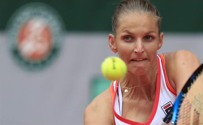 普莉絲可娃經過三盤苦戰,才順利晉級法網女單第二輪。(美聯社)