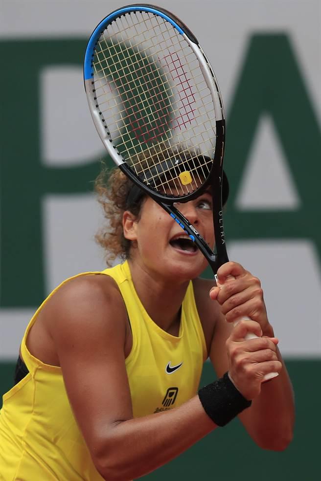 薛莉芙是埃及第一位打進法網會內賽的選手。(美聯社)