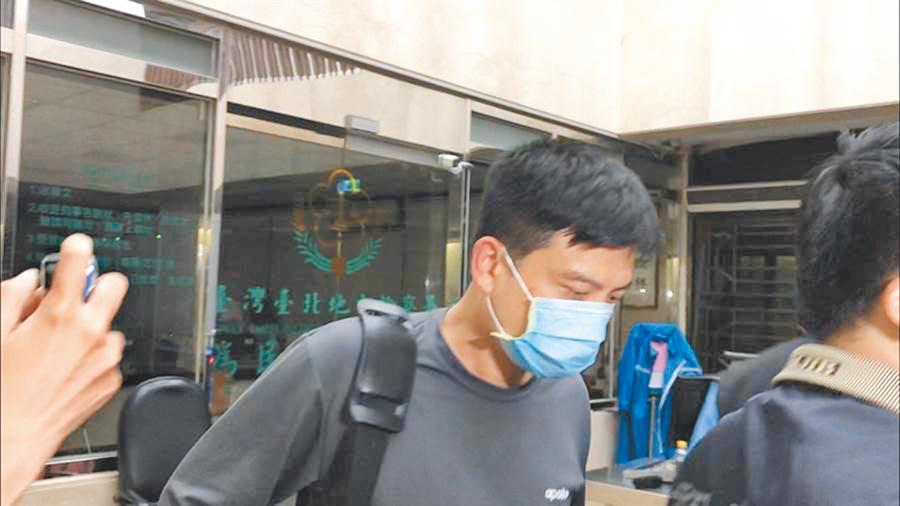 利用督導「口罩國家隊」之便,盜賣口罩被起訴的前台北市後備指揮部中校李志交。(本報資料照片)