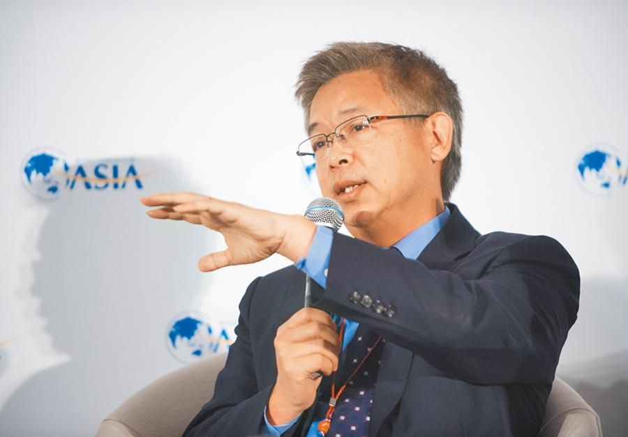 北京大學國家發展研究院副院長黃益平。(新華社資料照片)