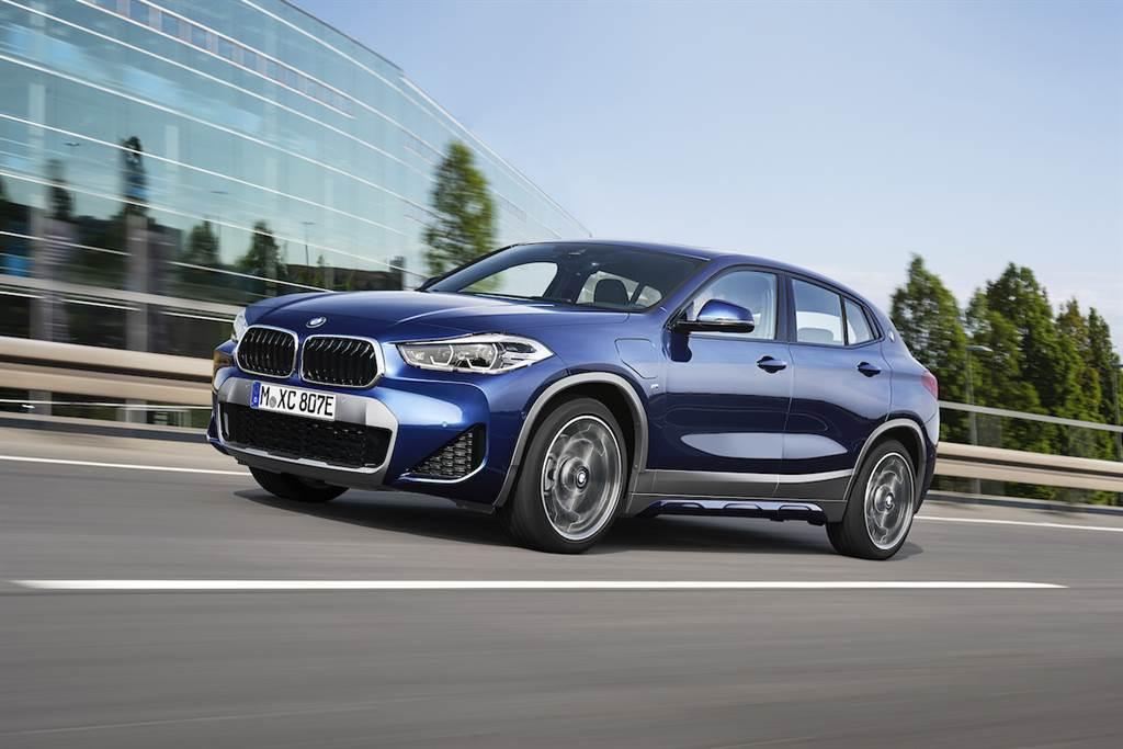 X1和X2的更新 加入BMW Individual定制設計