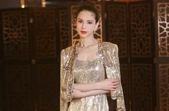 李若彤貼身亮片裙透出養眼ㄦ字腰 54歲緊緻超驚人