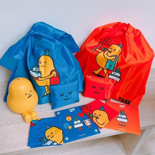 innisfree與韓國知名設計品牌「黏黏怪物研究所」攜手聯名推出一系列贈品,而且還是超佛心的累贈,消費滿3600元就能全部帶回家!(圖/邱映慈攝影)