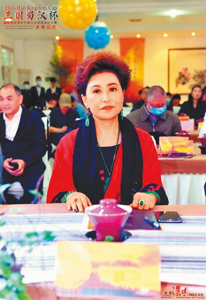 濃園國際藝術村董事長楊麗。