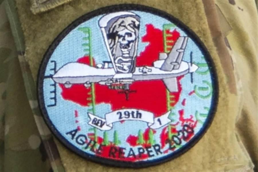 美死神無人機部隊上的繡徽有明顯的中國大陸地圖與無人機圖形,在緊繃的兩國關係下,讓大陸媒體感受到極大的挑釁意味。(圖/美國空軍雜誌)