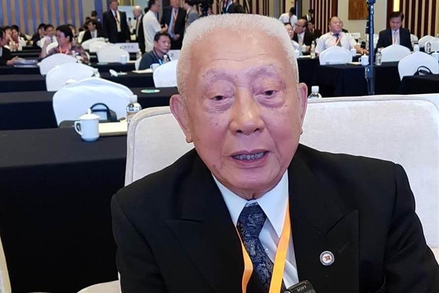 前陸軍總司令陳廷寵參加「陸軍官校在台復校70週年慶祝大會」,高喊「我是中國人,是驕傲的象徵」。(資料照/藍孝威攝)