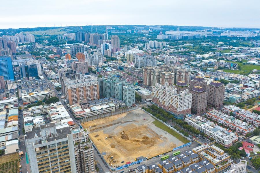 台中「寶輝Village」城區複合開發案以三個巨型街廓為基地,打造「中科國際城區」。圖/業者提供