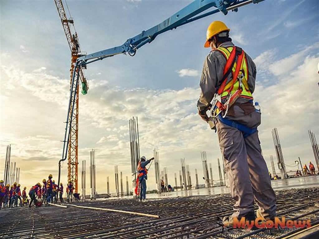 內政部研擬放寬外籍移工提案 務實解決營造業缺工問題並同時兼顧工地職業安全
